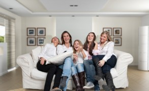 The Importance of Friendships for Mid-Life Happiness